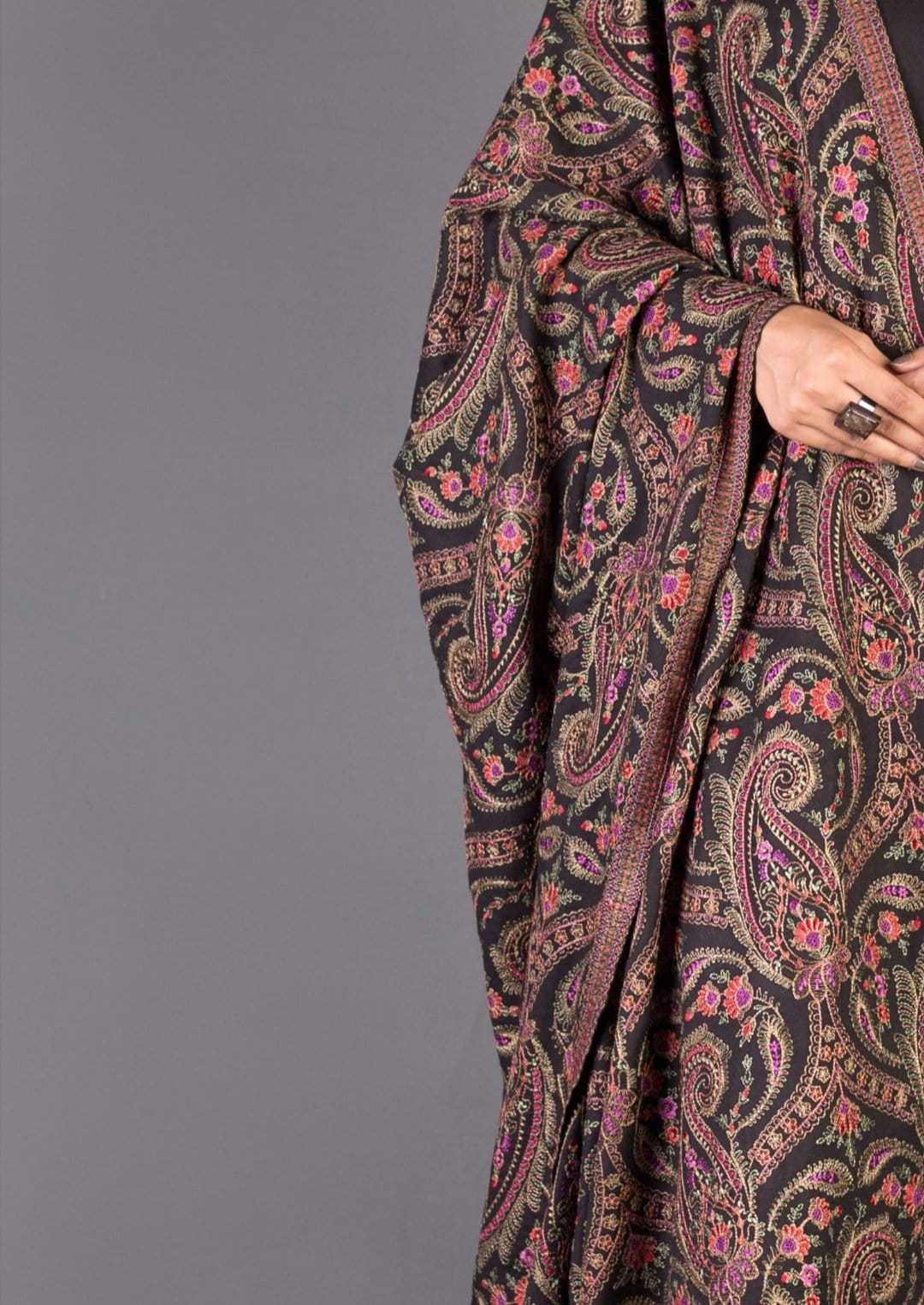 Sarinnah D29-Formal heavy Embroidered Karandi Lawn Shawl
