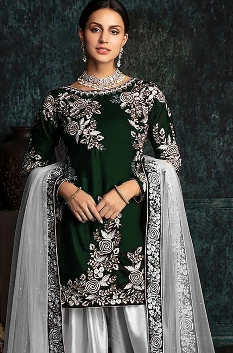 Zainab Chottani AD06-Embroided 2pc velvet dress with jamawar trouser.