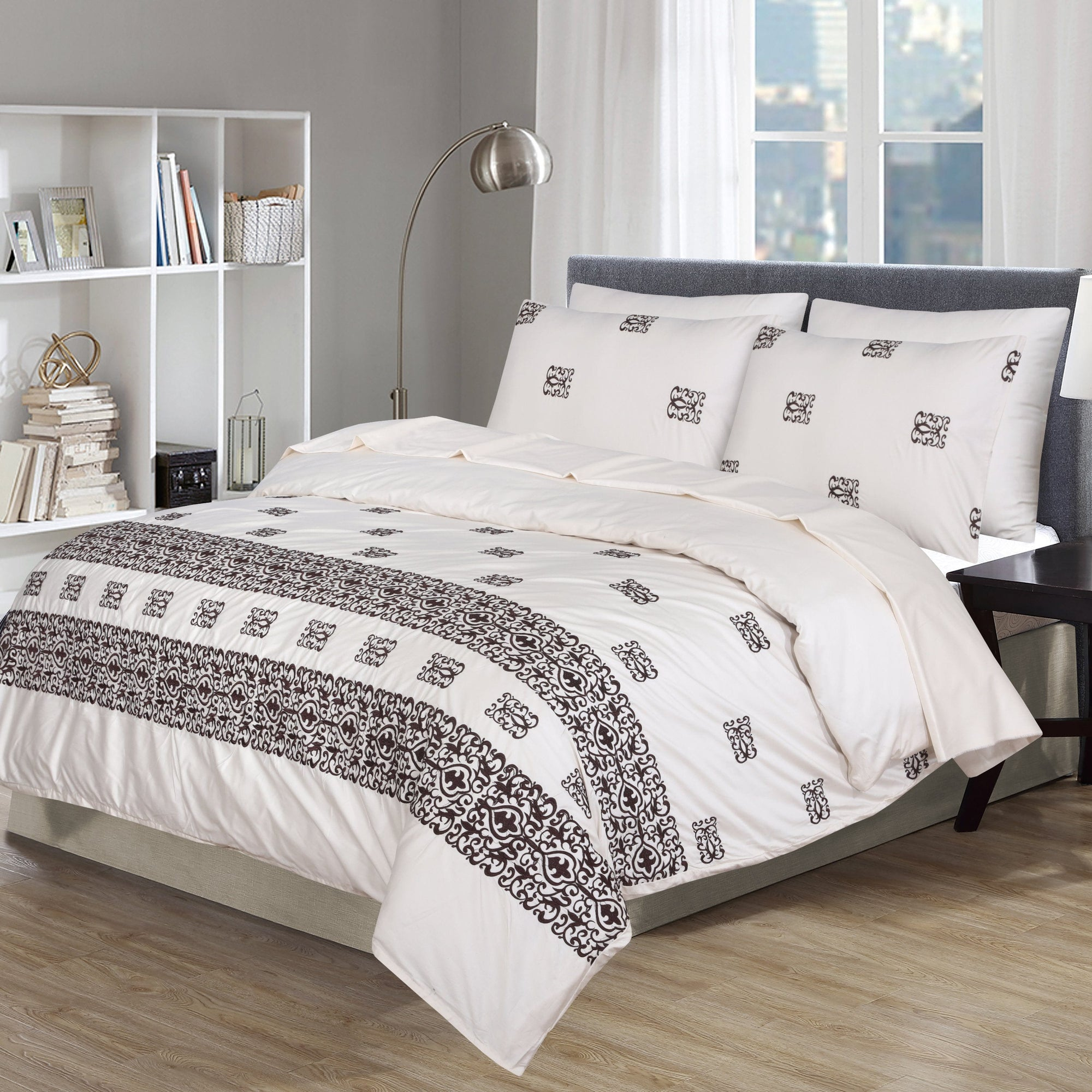 Grace D08 - 6PC Embroidered Luxury Sateen Duvet Cover Set King Size