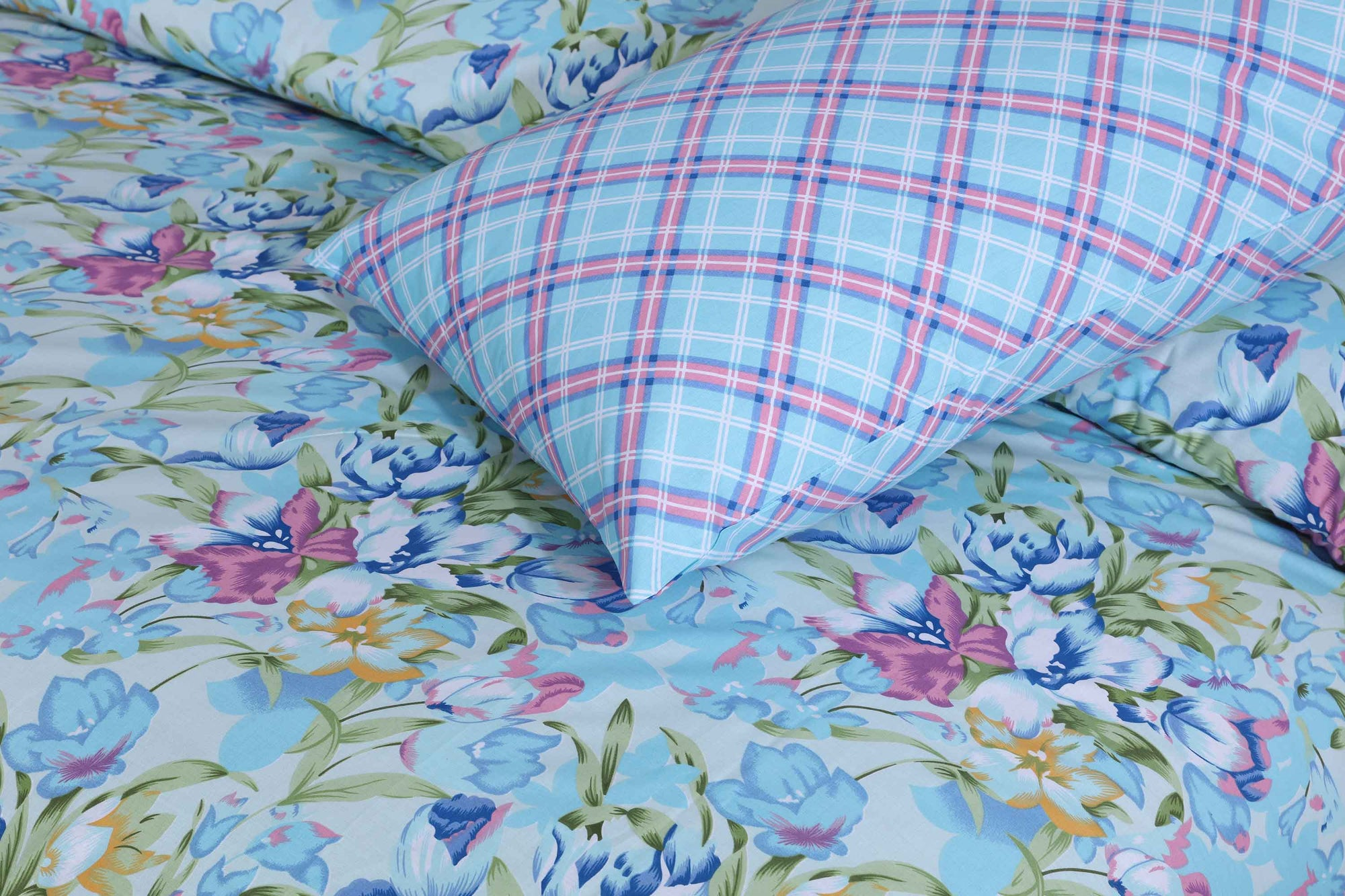 Grace D108 - Cotton PC King Size Bedsheet with 2 Pillow Covers.