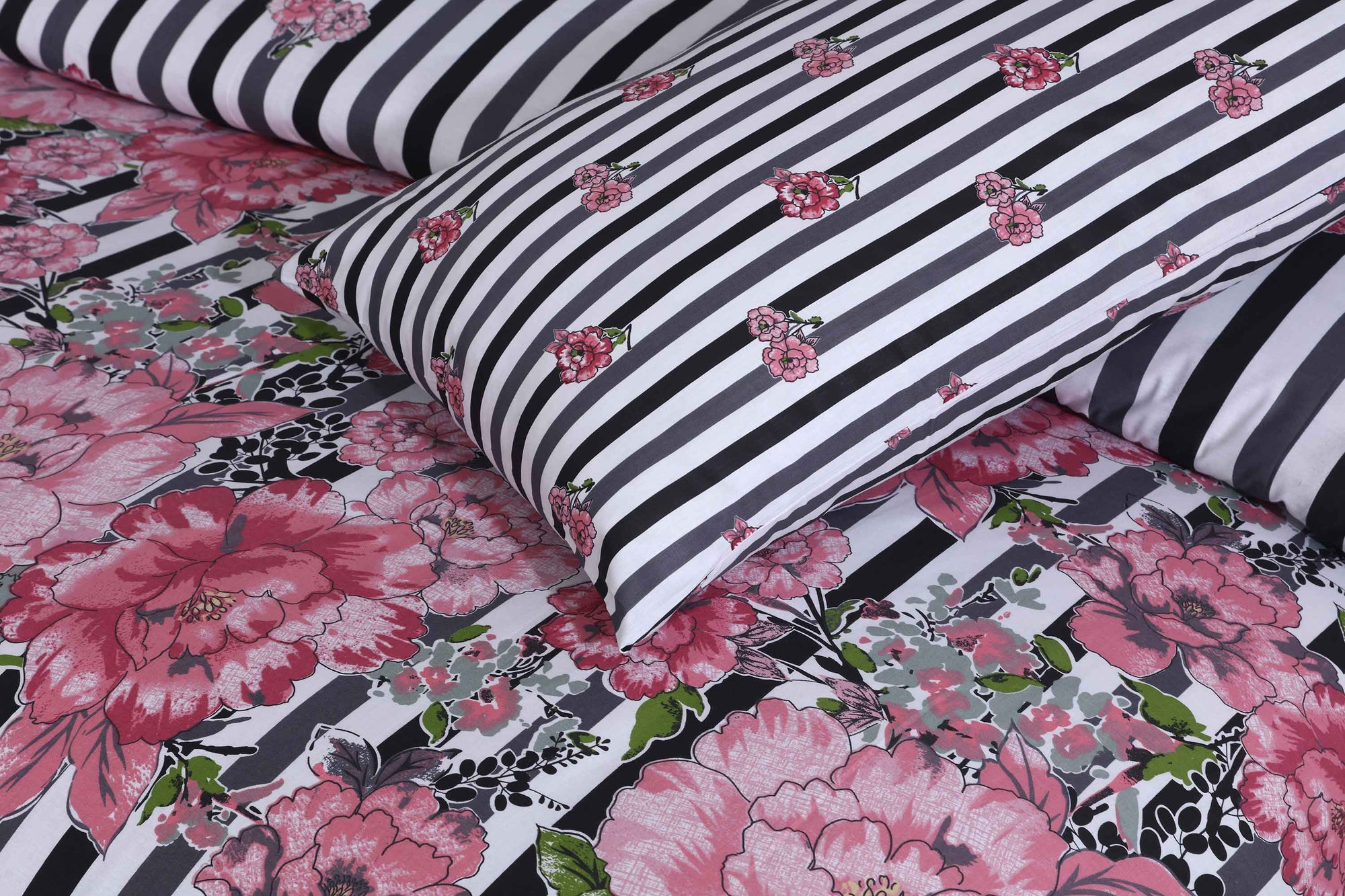 Grace D153 - Cotton PC King Size Bedsheet with 2 Pillow Covers.