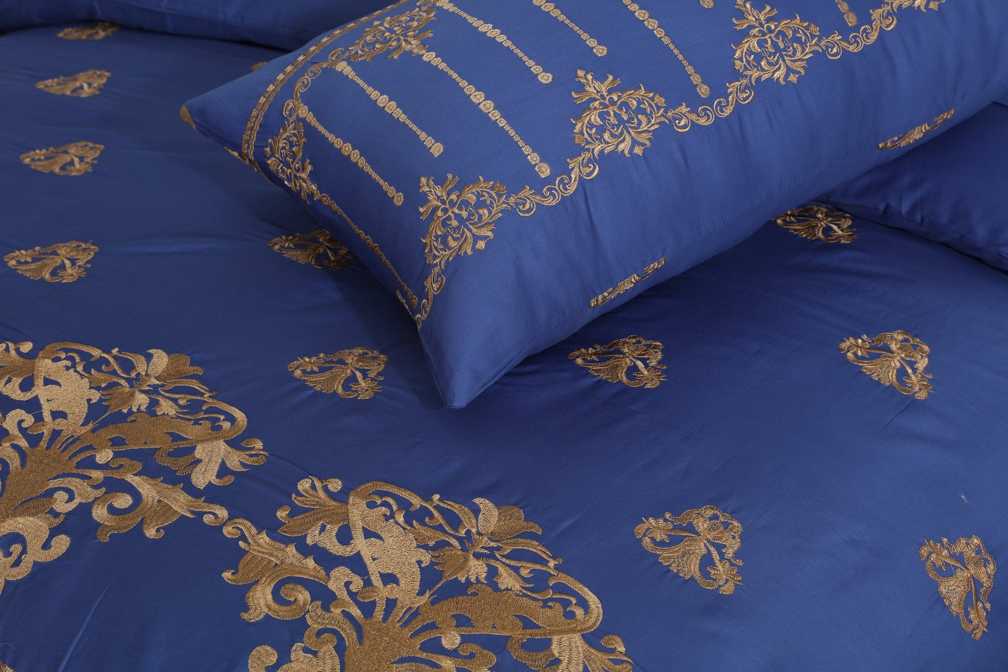 Grace Midnight Blue D04 - 6PC Embroidered Luxury Sateen Duvet Cover Set King Size