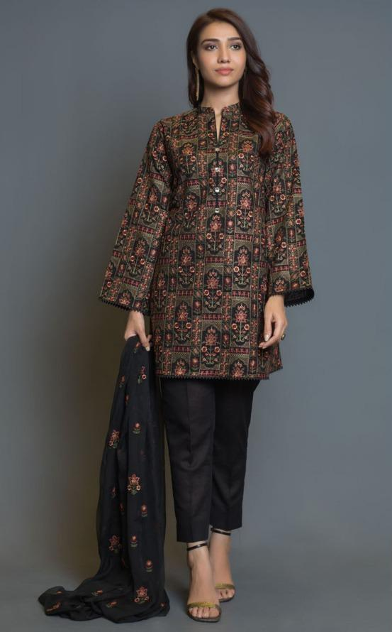 Bareeze D25-Heavy Embroided 3pc linen dress with embroidered chiffon dupatta.