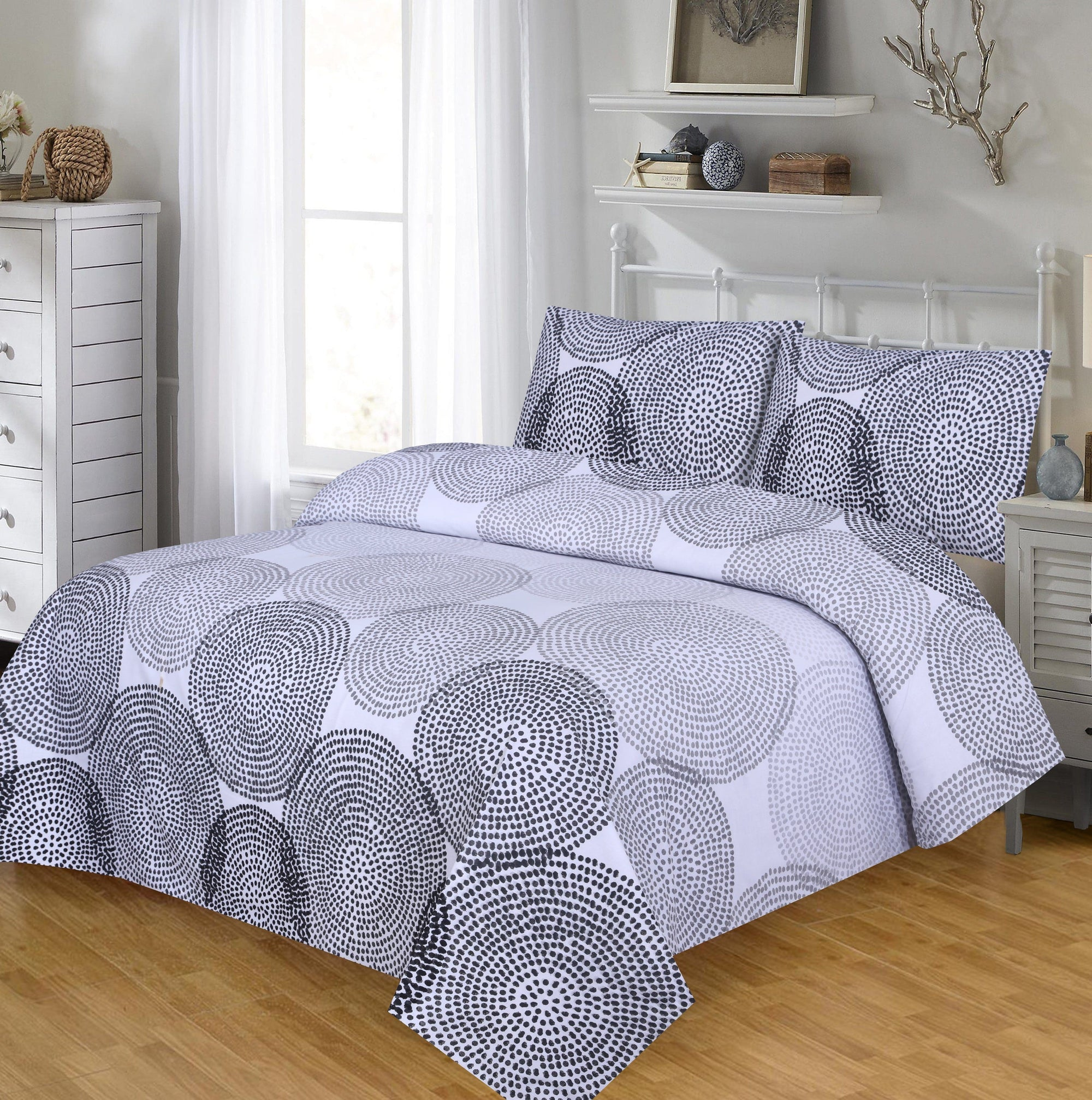 Grace D202-Cotton PC King Size Bedsheet with 2 Pillow Covers.
