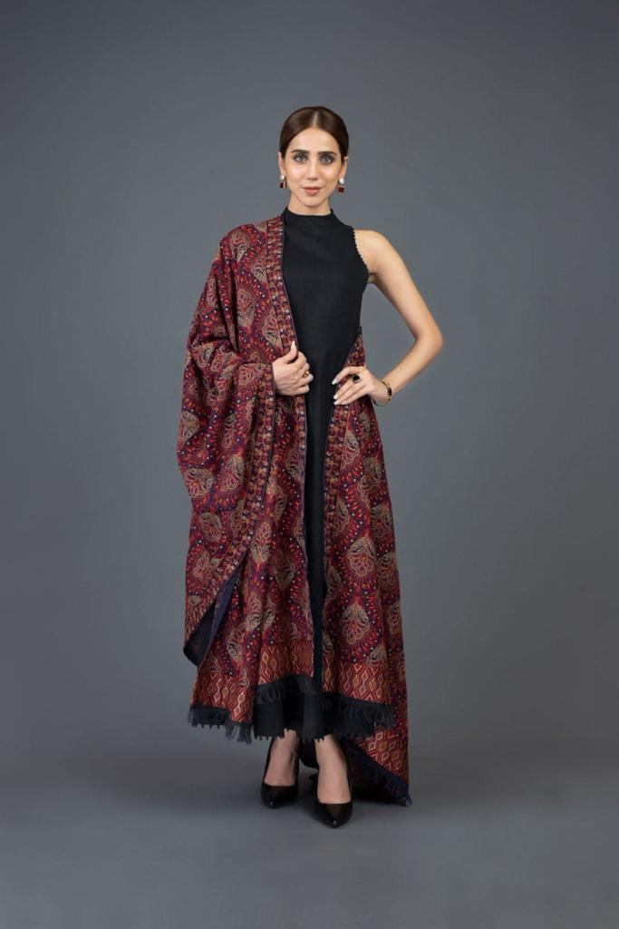 Sarinnah black D38-Embroidered Karandi Lawn Shawl