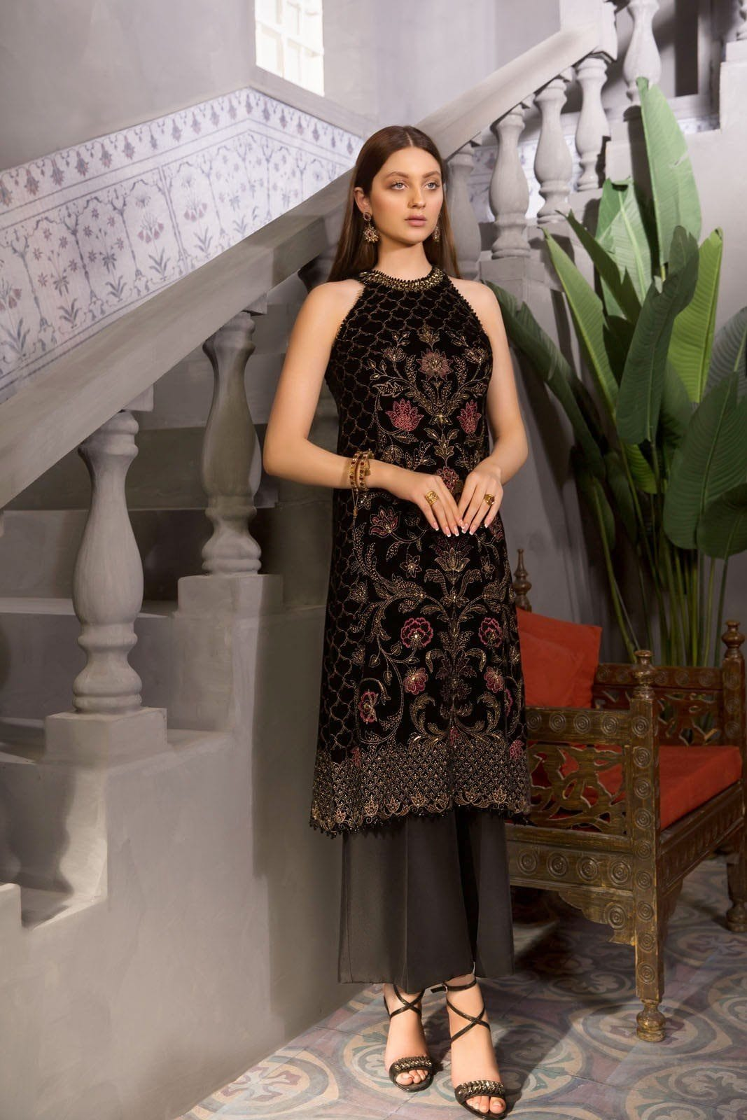 Sarinnah D05-Embroidered 2pc velvet dress with jamawar trouser.