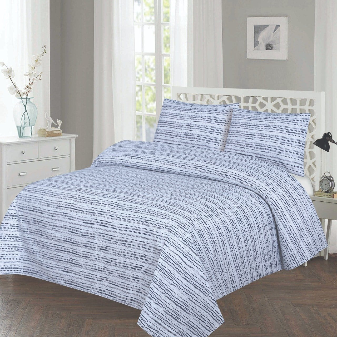 Grace D241-Cotton PC King Size Bedsheet with 2 Pillow Covers.