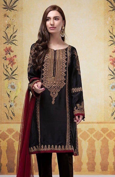 Maria 18053 A-Embroided 3pc khaddar dress with wool shawl. - gracestore.pk