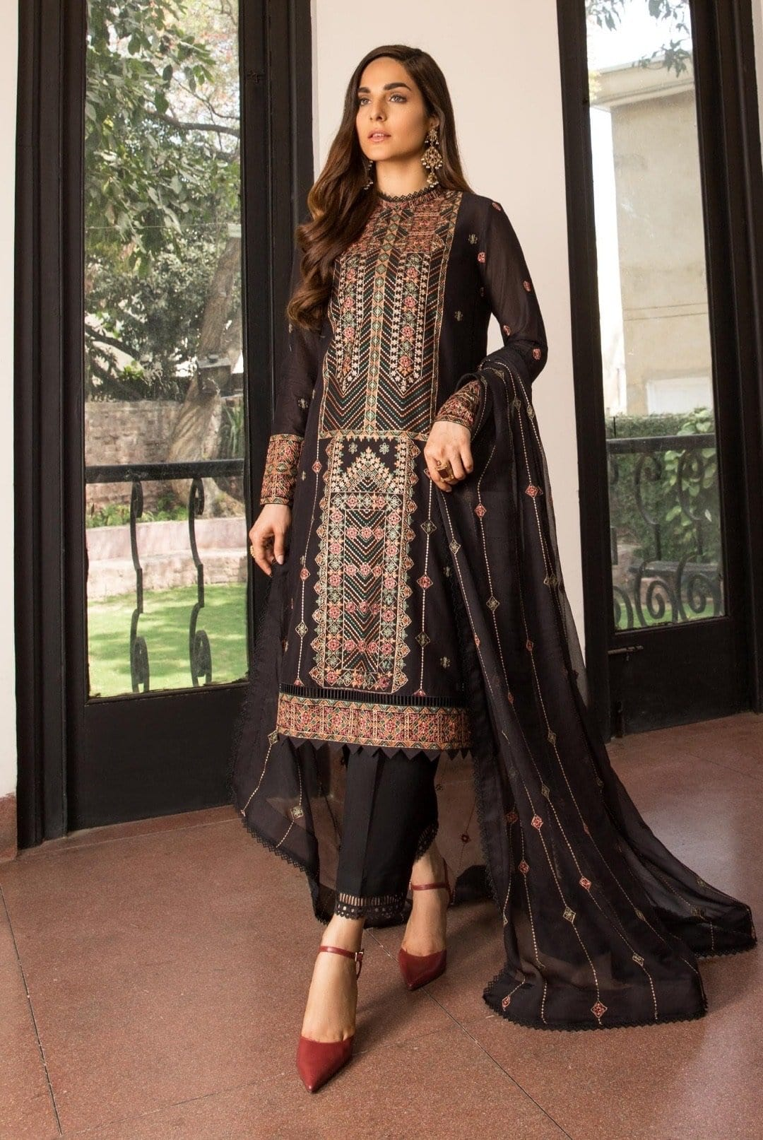 Bareeze 309 -Embroidered 3pc lawn dress with embroidered chiffon dupatta.
