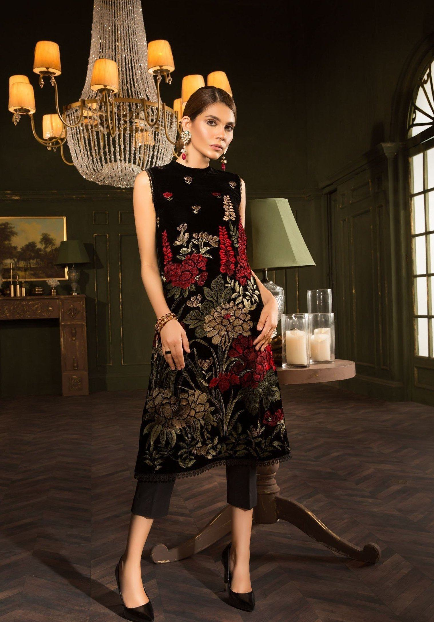 Bareeze D070-Embroided 2pc velvet dress with jamawar trouser. - gracestore.pk
