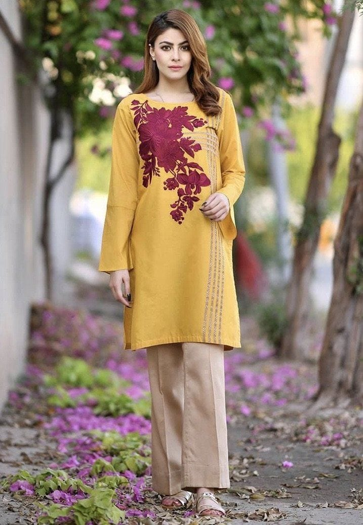 Kayseria mustard-Embroidered 2pc lawn dress shirt & trouser. - gracestore.pk