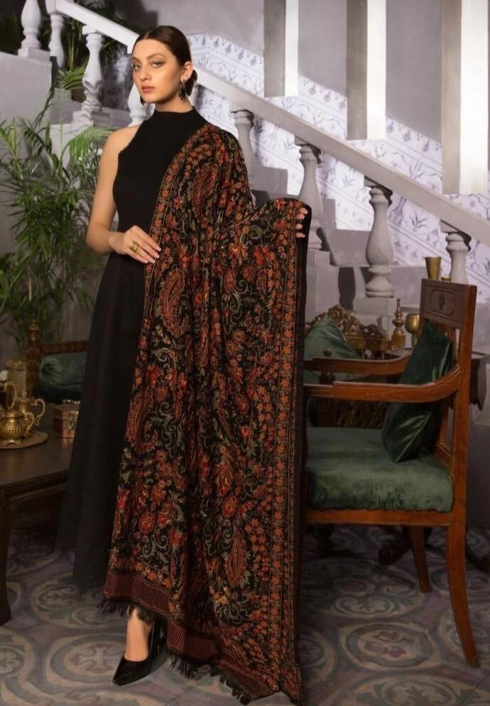 SARINNAH PREMIUM D13-FORMAL HEAVY EMBROIDED KARANDI LAWN SHAWL.