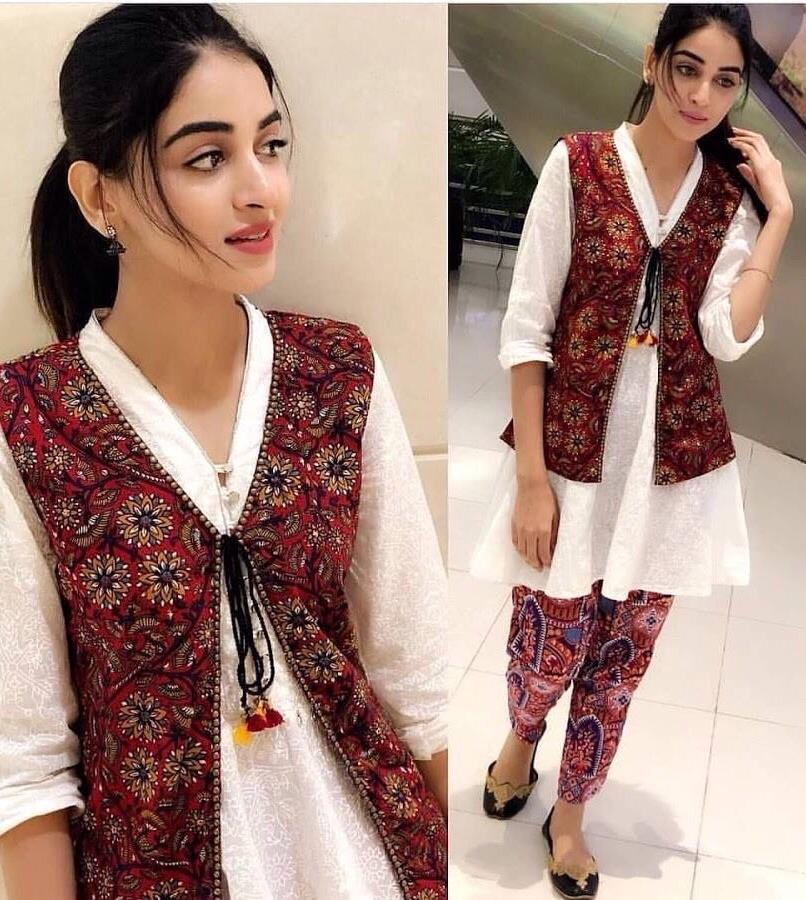 Gul panra 154 L-Embroided 2pc linen dress shirt & trouser. - gracestore.pk