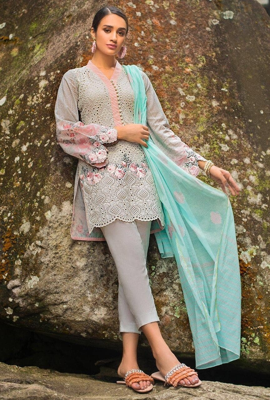 Zainab chottani 10b-Shifli Heavy Embroided in Laser cutwork 3pc lawn dress with karandi dupatta. - gracestore.pk