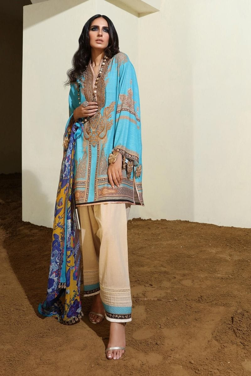 Sana Safinaz 18545 A-Embroided 3pc khaddar dress with wool shawl. - gracestore.pk