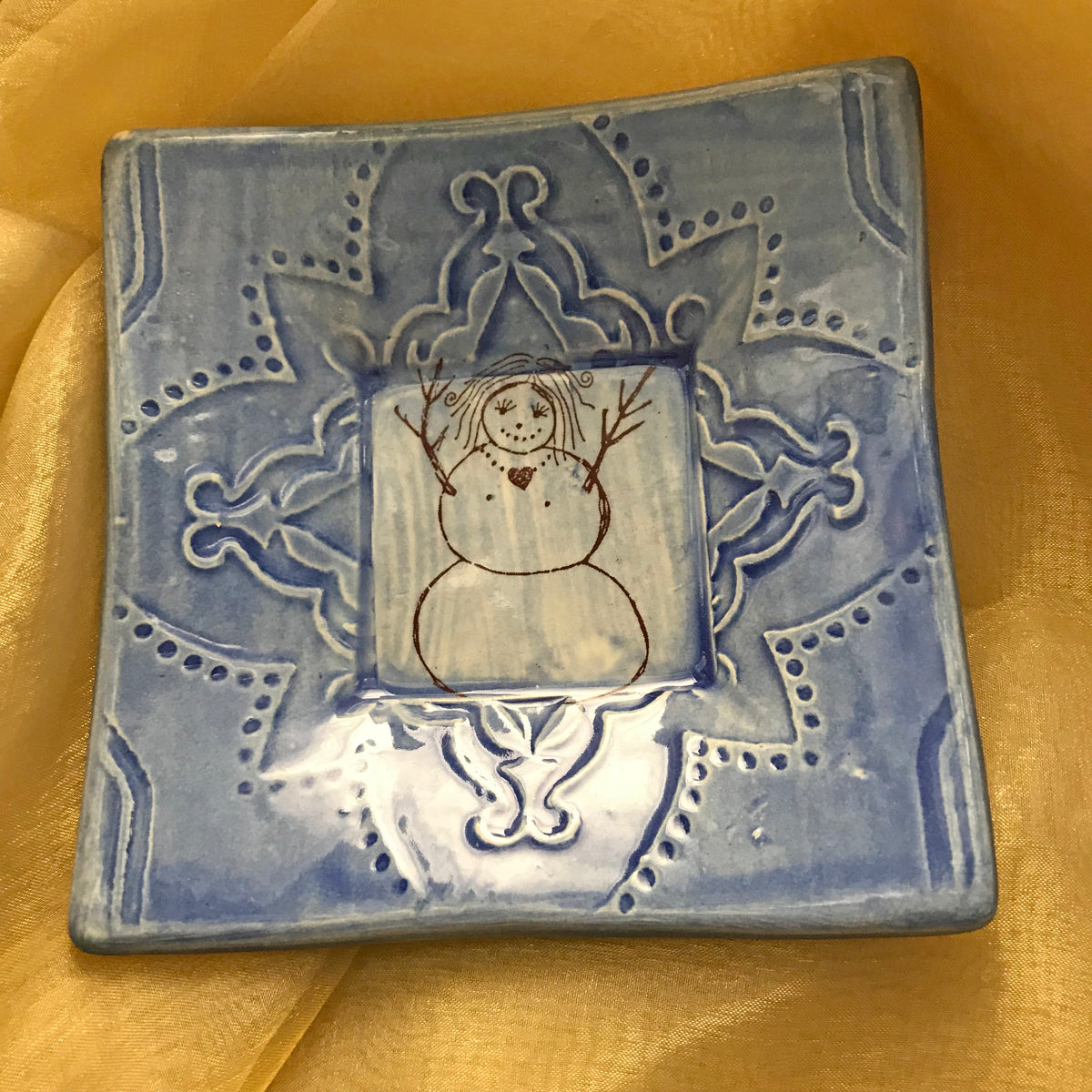 "Dipping Dish - ""Snow Woman"" - Delft Blue"
