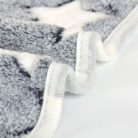 Warm Soft Pet Blanket - DAX ACCESSORIES