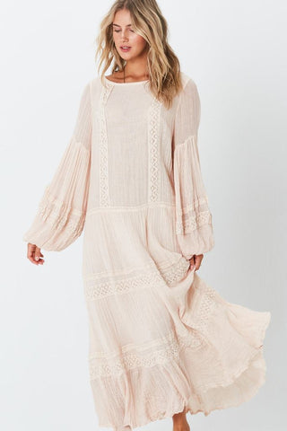 MAXI KNIT DRESS WITH FRINGE AND RUFFLES