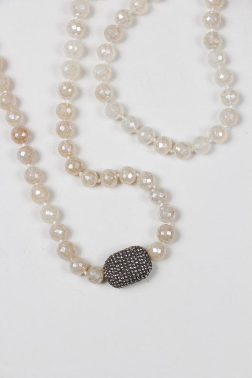 White Stones With 1 Diamond Nugget Necklace