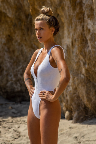 LACE TRIM PANELLED ONE PIECE FRIEND IN FLORA