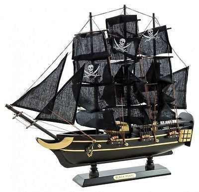 Decorative Ornaments & Figures - Beautiful Large Ornamental Model 'Black Pearl' Pirate Ship Boat