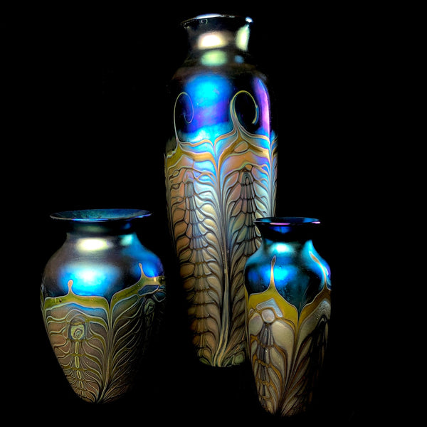 Medium Classical Leaf Vase