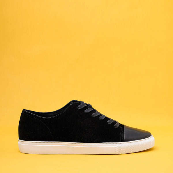Kron Black Suede Cap Toe Sneakers