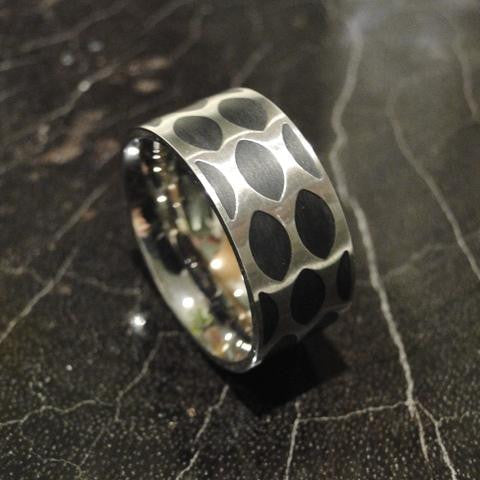 Stainless Steel Netting Ring With Enamel Inlay