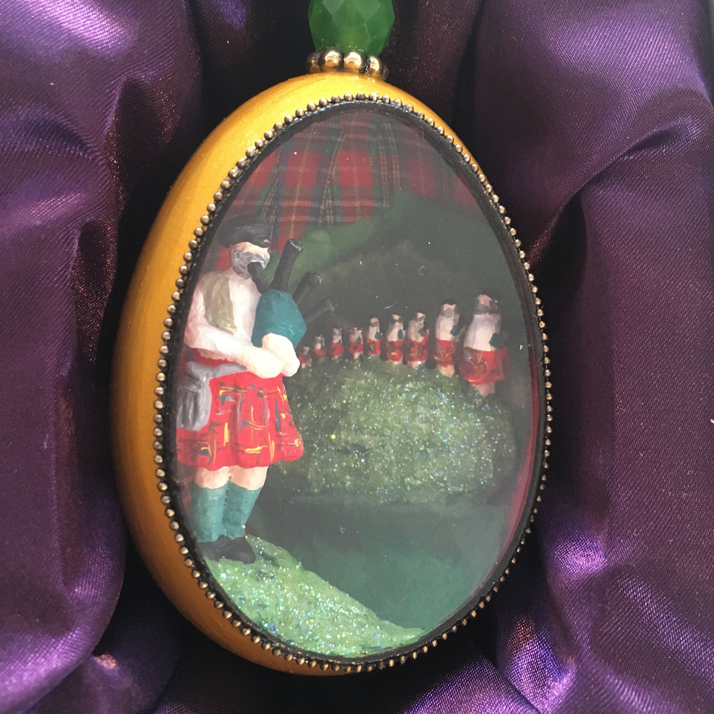 Eleven Pipers Piping Goose Egg Ornament