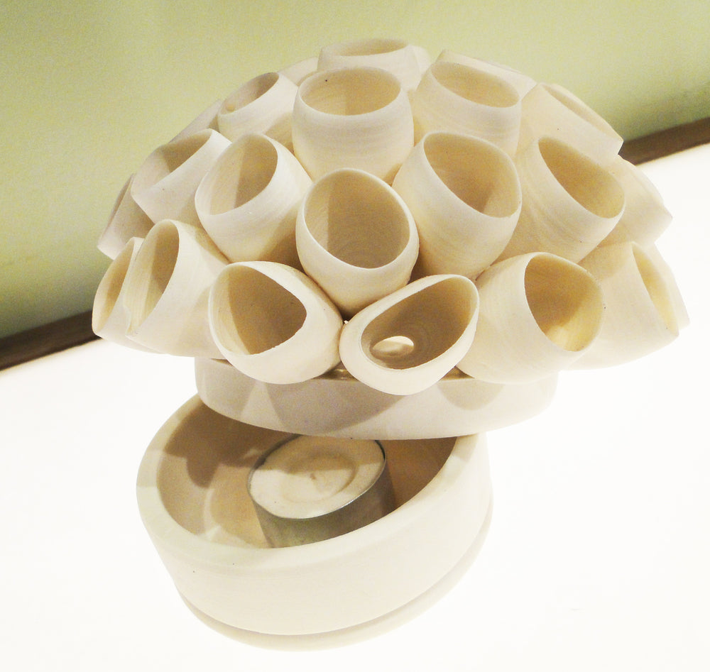 Funnels Porcelain Tealight Holder