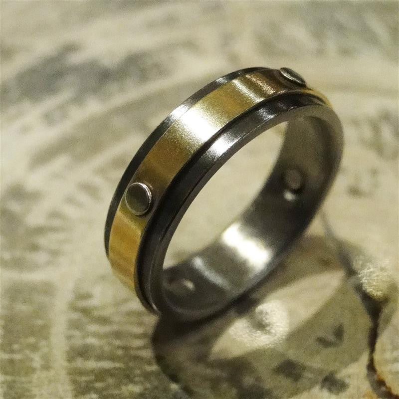 Niobium, 14K Yellow Gold and 14K White Gold Ring