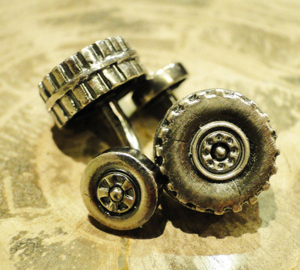 Pedal to the Metal Cuff Links