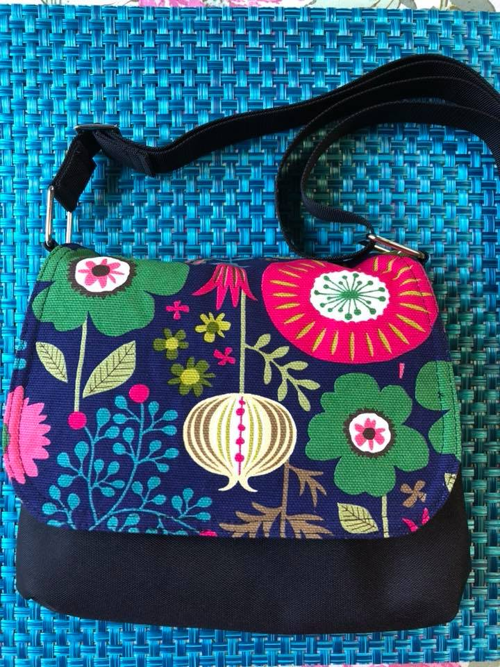 Itsy Bitsy Messenger Purse - Canvas Garden Variety Fabric