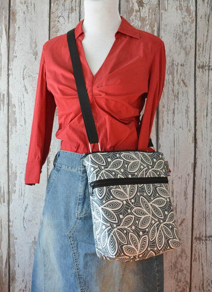 Borsetta Purse Cross Body - Shoulder Bag - Earl Gray Fabric