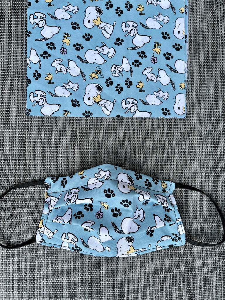 Reversible 2 or 3 layer Face Mask Limited Edition - Snoopy Puppy Love Fabric