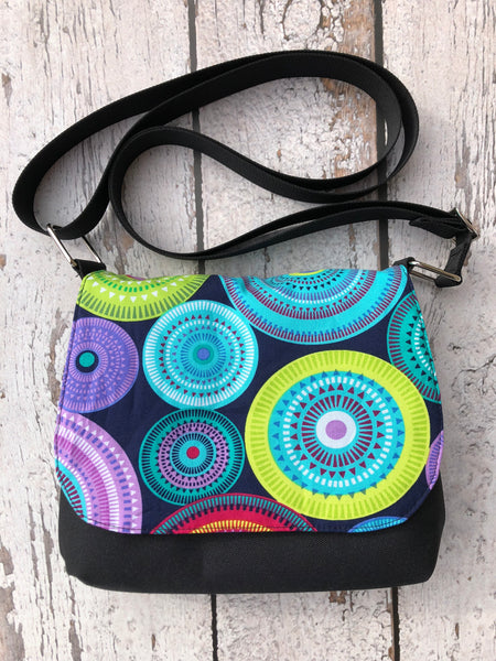 Itsy Bitsy Messenger Purse - Northern Lights Fabric