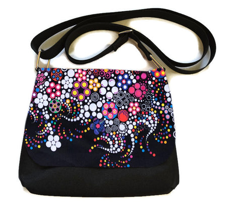 Itsy Bitsy Messenger Purse - Boarder Glorious Dot Fabric