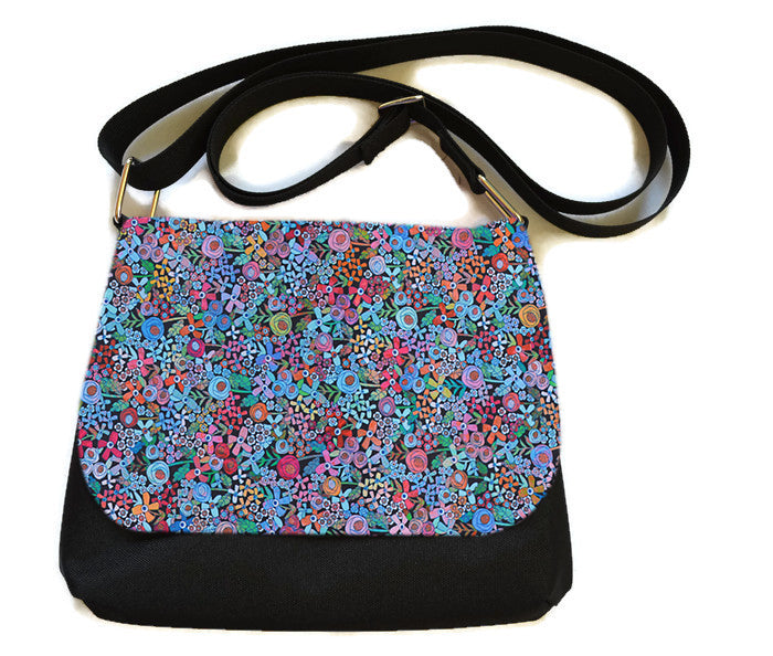 Itsy Bitsy/Bigger Bitsy Messenger Purse - Mini Wild Flowers Fabric