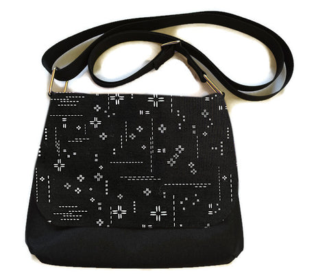 Itsy Bitsy Messenger Purse - Crosshatch Black Fabric