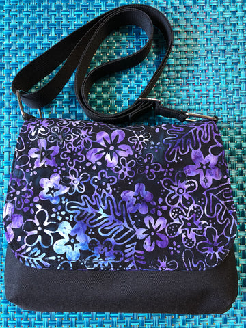 Itsy Bitsy Messenger Purse - Midnight Majesty Fabric