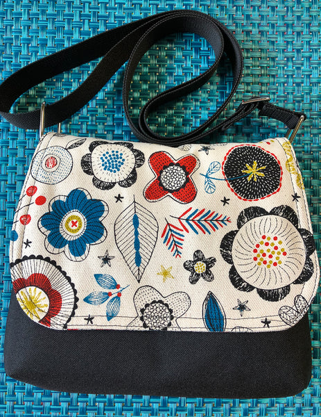 Itsy Bitsy Messenger Purse - Doodle Blooms Canvas Cream Fabric