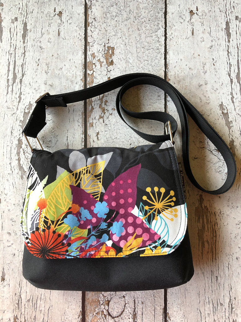 Itsy Bitsy Messenger Purse - Nightfall Fabric