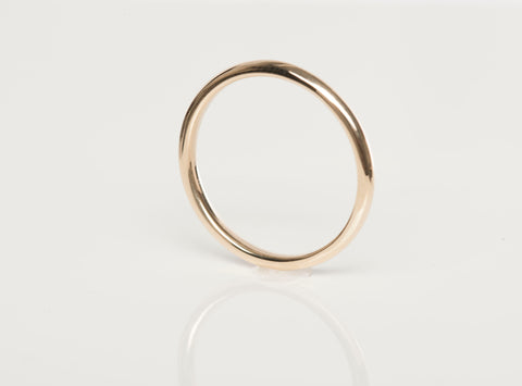 Classic Wedding Ring 18k Yellow gold Size 5