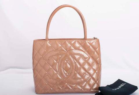 Auth Chanel Quilted Patent Leather Medallion Tote with COA