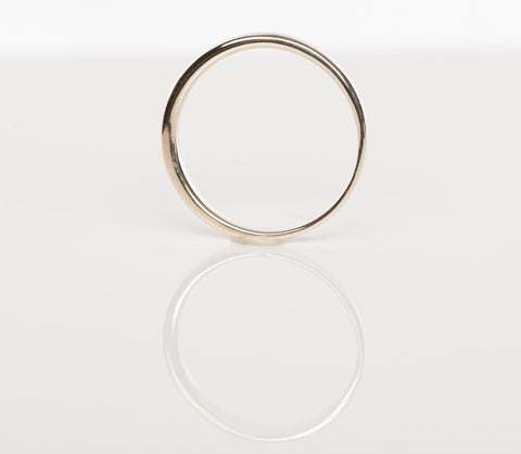 Ladies 14K Yellow Gold 2mm Band Size 5