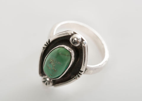 Green Turquoise Native American Navajo .925 Sterling Silver Ring