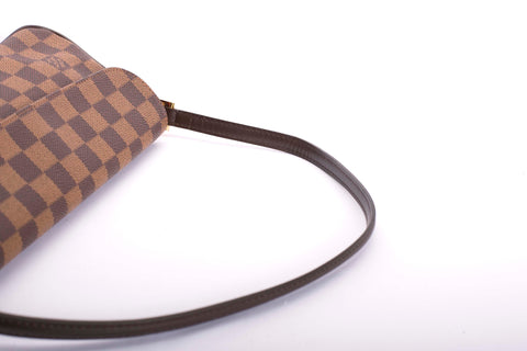 Auth Louis Vuitton Damier Recoleta Handbag with COA