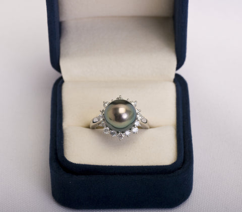 Mikimoto Tahitian Pearl Platinum/Diamond Ring