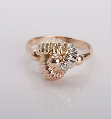 Ladies 18k 3Tone Gold Ring Size 7 3/4