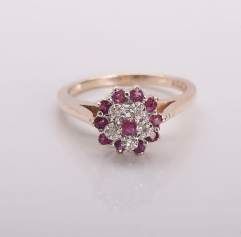 10k Yellow Gold Diamond and Ruby Cluster Ring